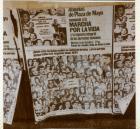 Afiche de Abuelas de la Plaza de Mayo con fotos.